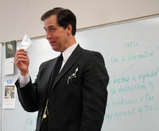 Mr. Tim Greer teaches a Detective Fiction lesson on identifying bite marks.